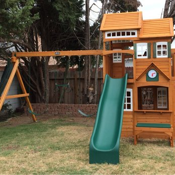 Swing Set Assembly In Nashville Tennessee
